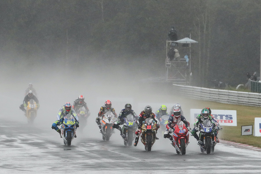5 Keys to Riding Your Motorcycle in the Rain MotoAmerica Road Racing grid on track