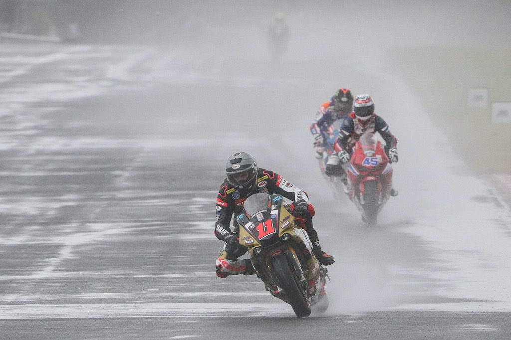 5 Keys to Riding Your Motorcycle in the Rain MotoAmerica Road Racing