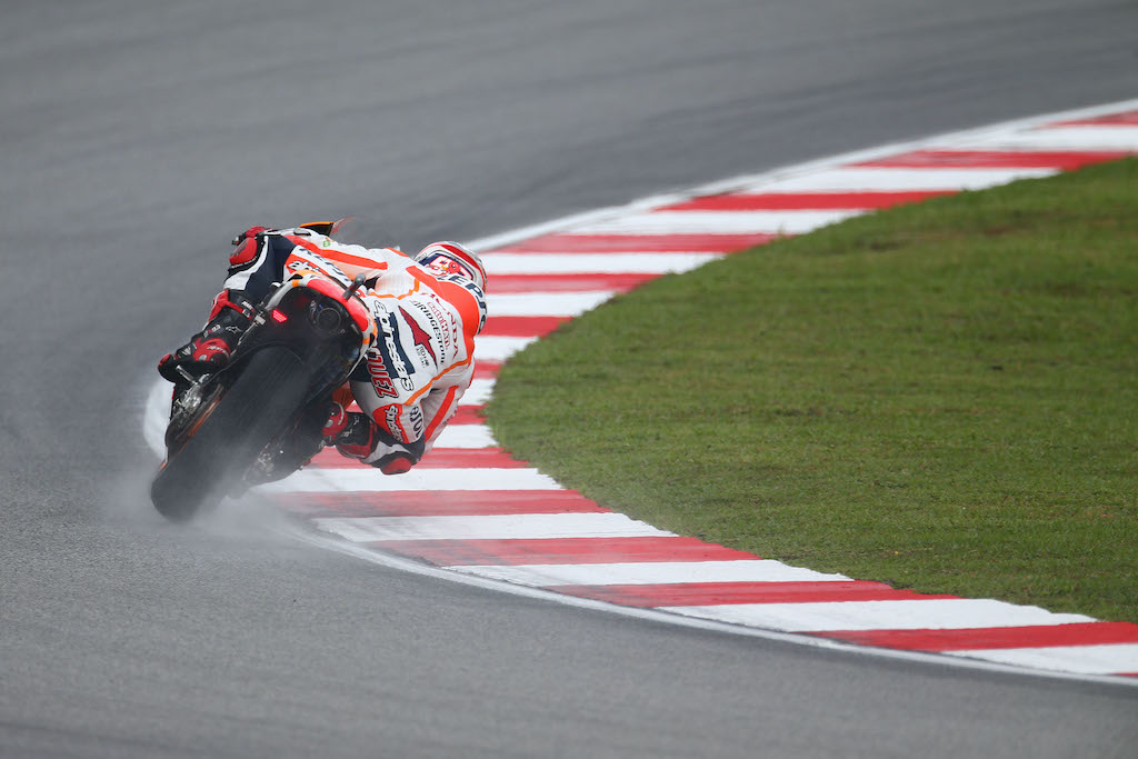5 Keys to Riding Your Motorcycle in the Rain Marc Marquez MotoGP racing
