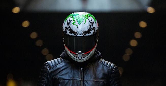 New Ish – The HJC RPHA 11 Pro JOKER Helmet