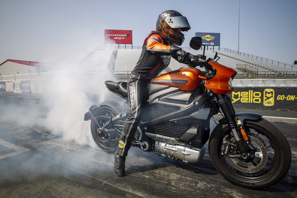 harley davidson livewire angelle sampey world record