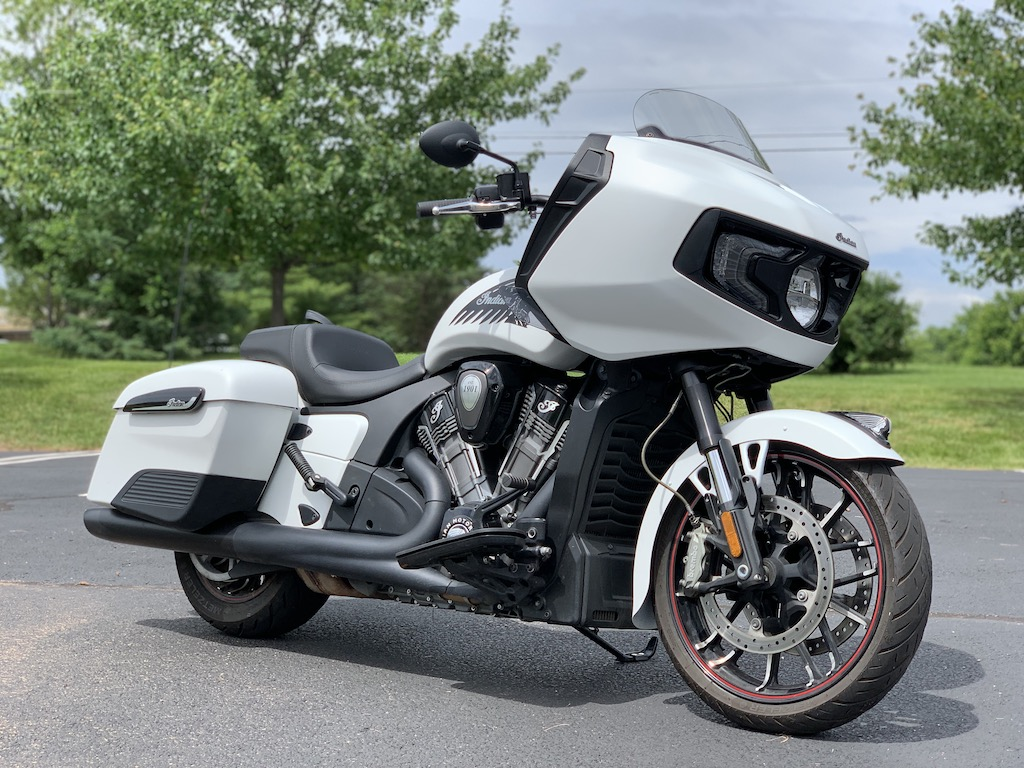 Indian Motorcycle Challenger Dark Horse