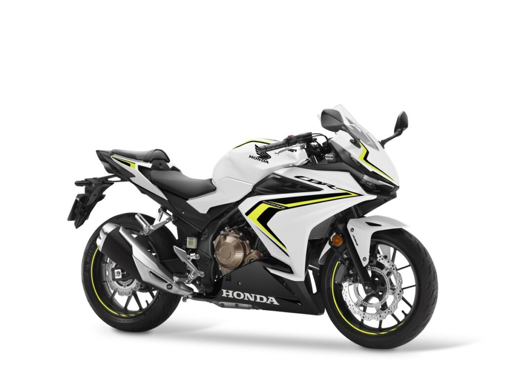 21 Honda CBR500R_Pearl White RF34-1200x899