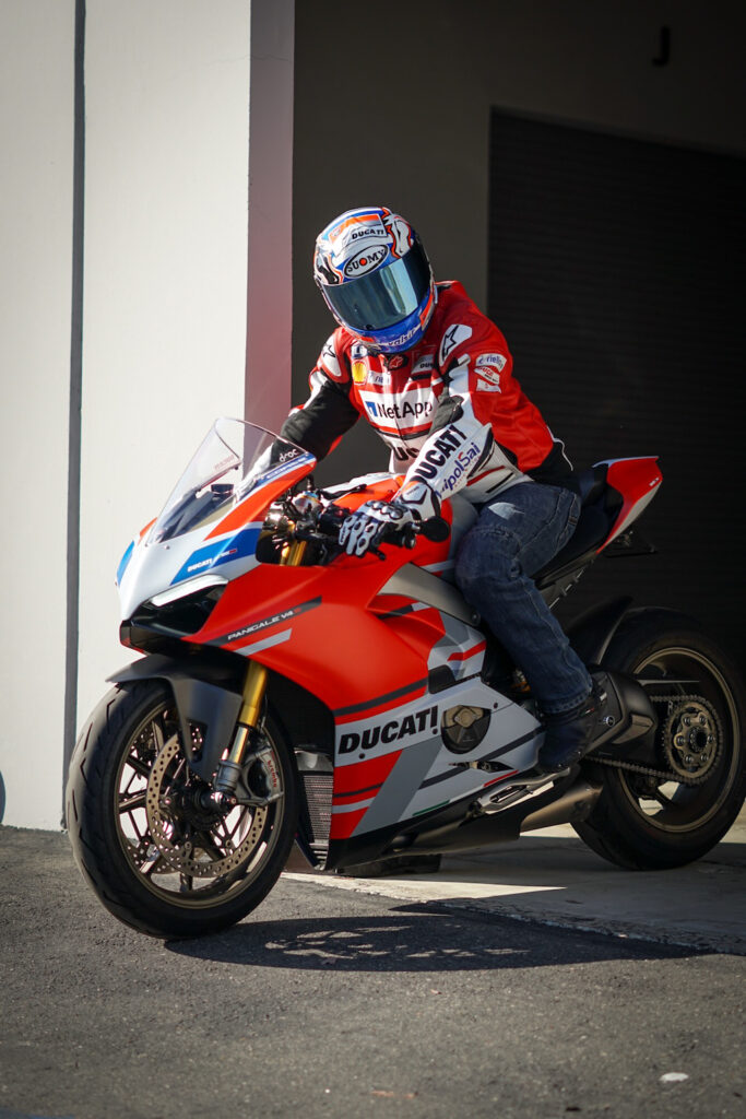 sportbikes inc magazine featured rider Gustavo Gomez