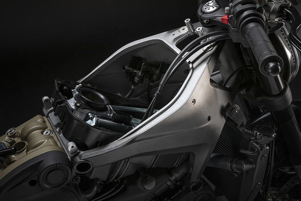 2021 Ducati Monster frame