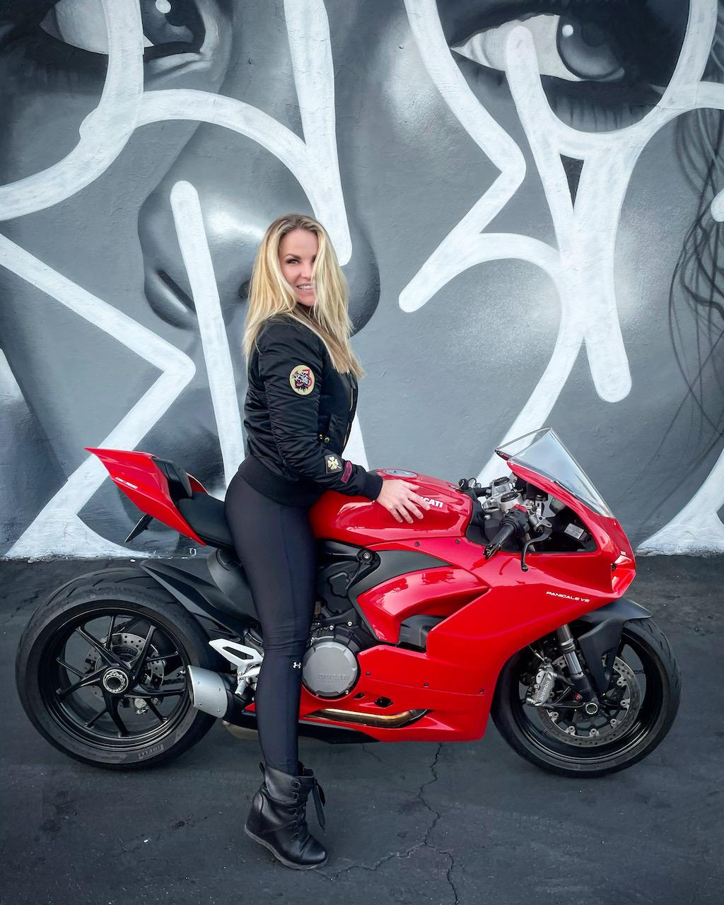 Featured Rider Vivienne Palmer