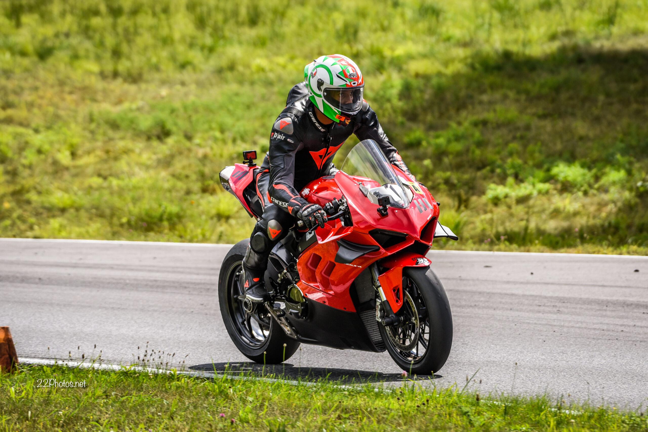 featured rider trax starz