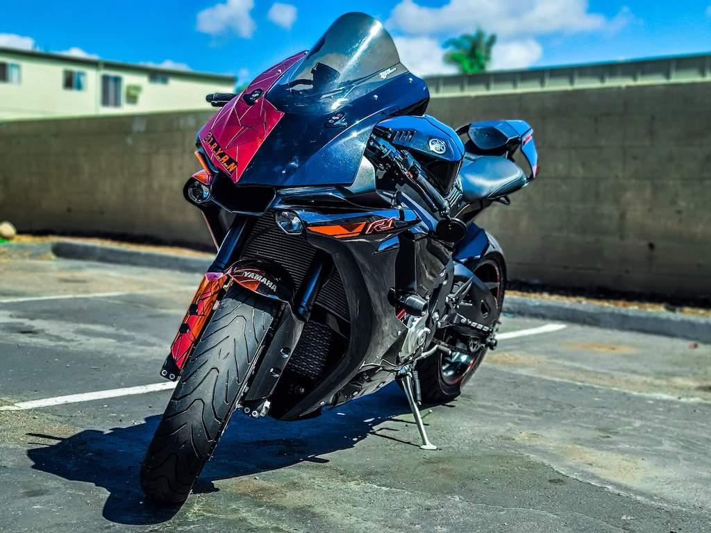 featured rider James Ryan