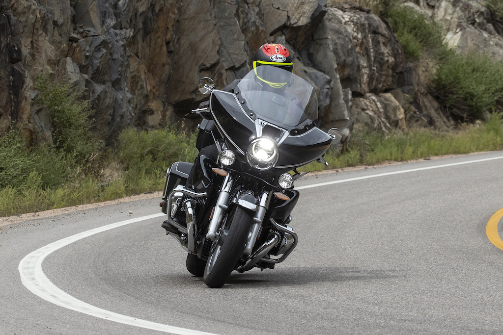 BMW R18 B and Transcontinental